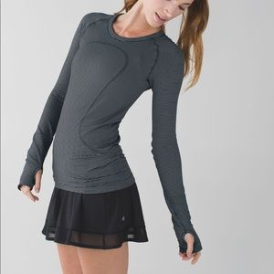 Lululemon Swiftly Tech Long Sleeve Crew Stripe